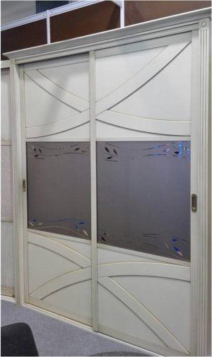 Классический шкаф купе с эксклюзивным декором Гомель