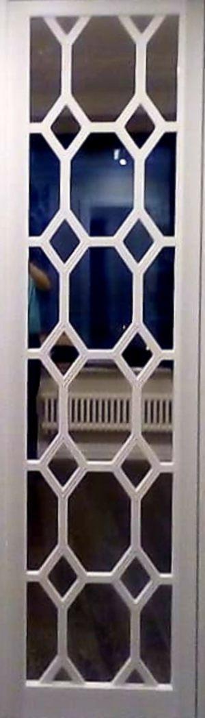 Вставка с фигурной филенкой на зеркале эмаль Гомель
