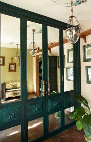 Распашные двери филенкой и декоративными накладками Гомель